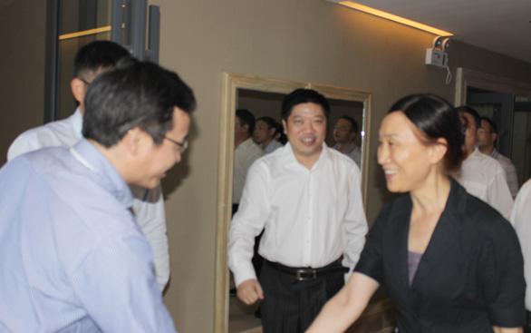 湖南省省委常委、统战部部长李微微一行莅临我公司视察
