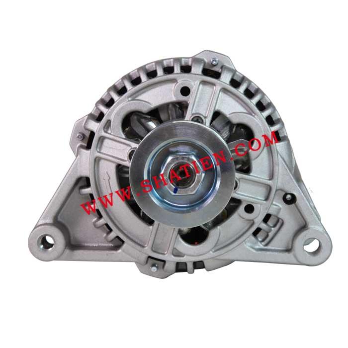 帕萨特B4发电机5槽90A-330903016
