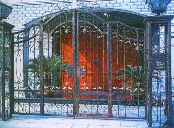 宝东铁艺与您一起敲响世界铁艺艺术的大门