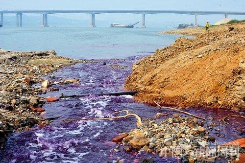 """水污染危机成为湘江不能承受之""""重"""""""