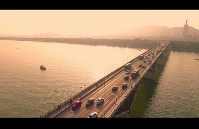 """竟然有人在长沙橘洲大桥上""""跳桥""""!!!"""
