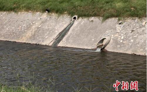 """""""水十条"""" 已实行一年多 部分河流污染仍严峻"""