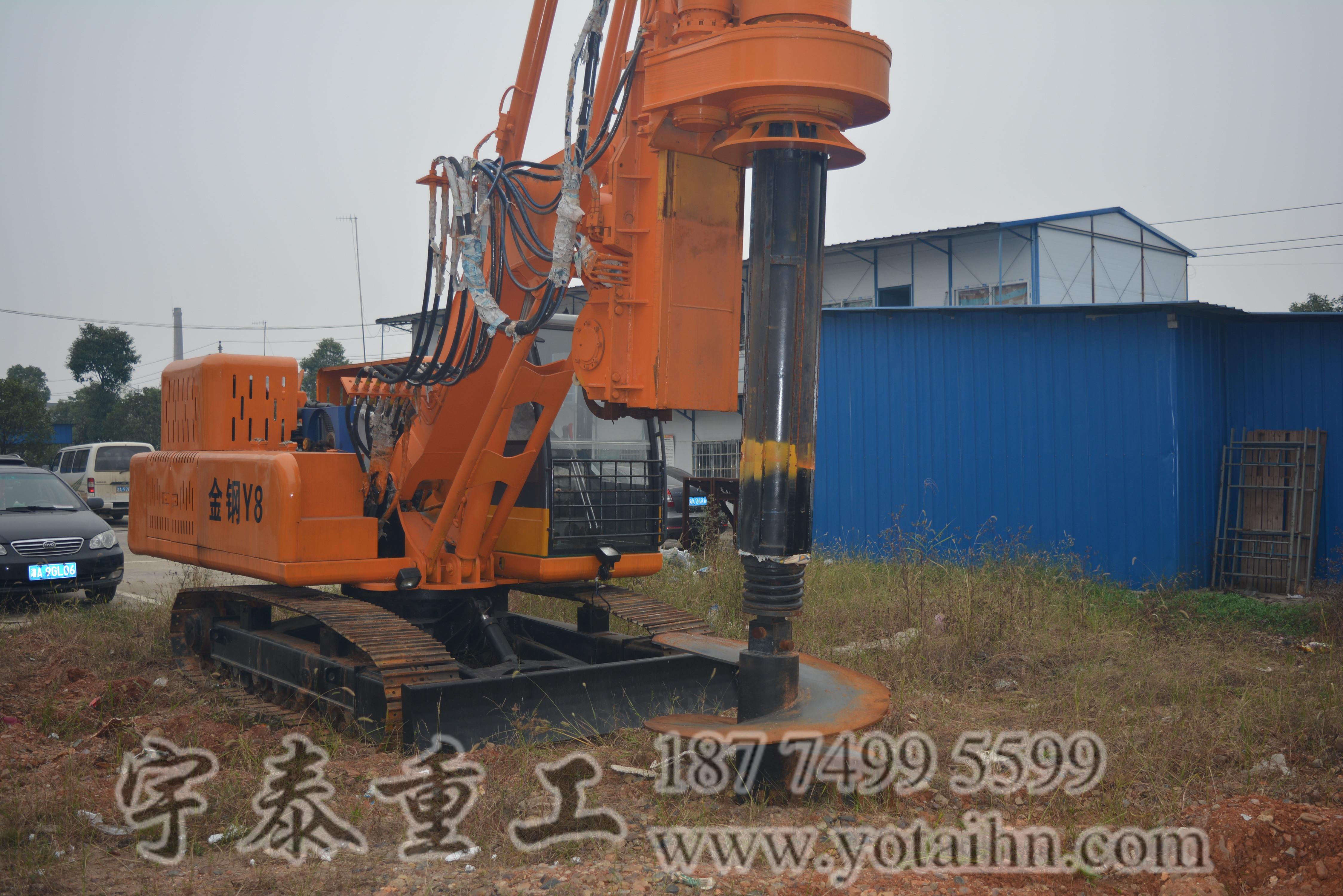 采购小型旋挖钻机,就选湖南与泰重工