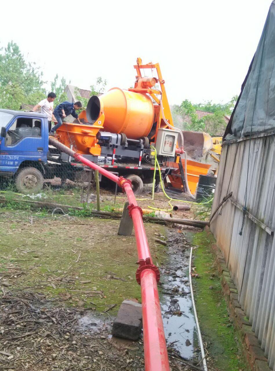 贵州李老板采购宇泰重工搅拌拖泵,非常满意!