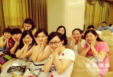 长沙国际游艇宝贝举行复赛·夏杨色彩为选手化妆造型