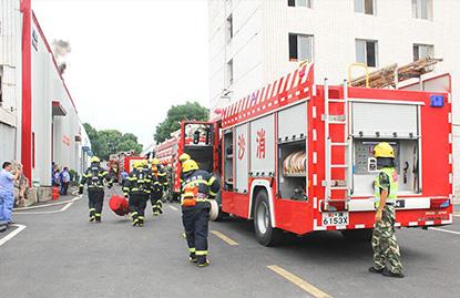 航天康达联合高新区公安消防大队雷锋中队开展消防演练