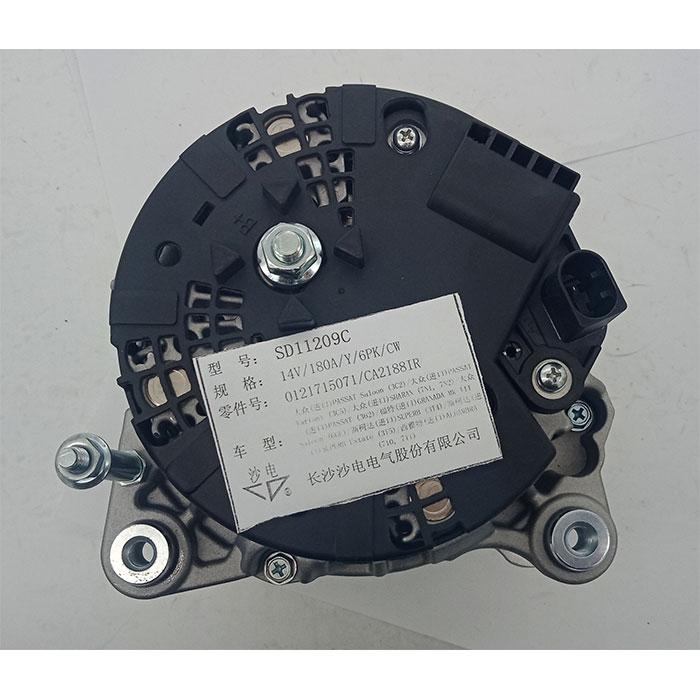 帕萨特2.0 TDI发电机FG18T051,03L903023D,SD11209C,LRA03402