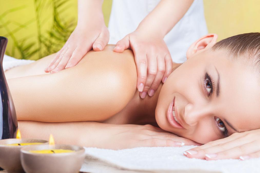 长沙美容化妆培训学校_夏天我们该如何进行身体的护理保养!