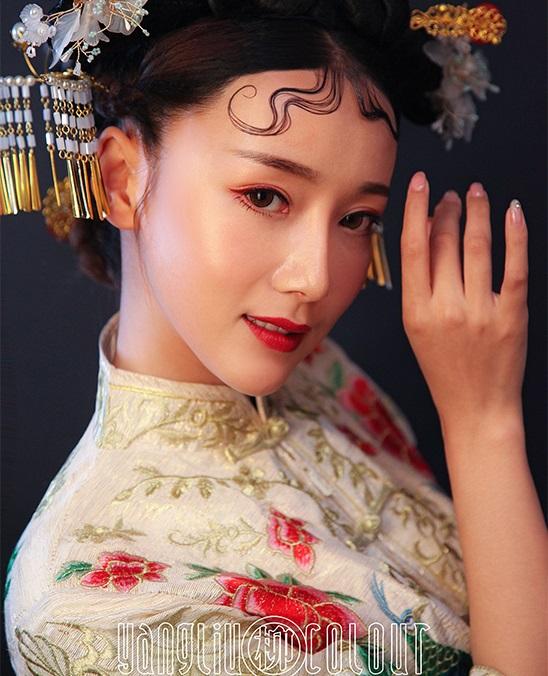 杨柳化妆学校作品