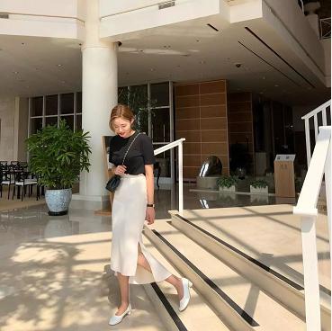 岳阳服饰搭配学校_夏季怎么根据自己的身材挑选半身裙!