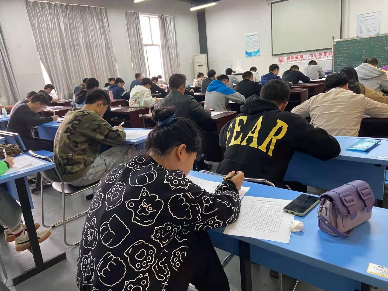 聚合資源 共享發展 就培云成功組織舉辦3次農機修理工職業資格證考試