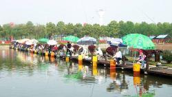 千龙湖垂钓活动2